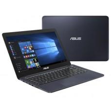 ASUS X302UA-FN257T 13.3i / i3-6006U/4GGB/128G SSD w/o ODD Win10